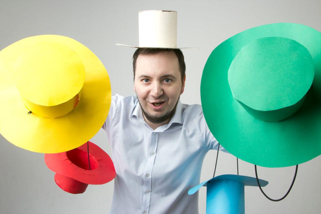 Andrzej specjalizuje się z zagadanieniach związanych z kreatywnym myśleniem