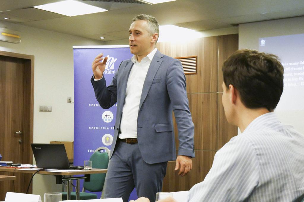 Trener Dawid na szkoleniu z negocjacji